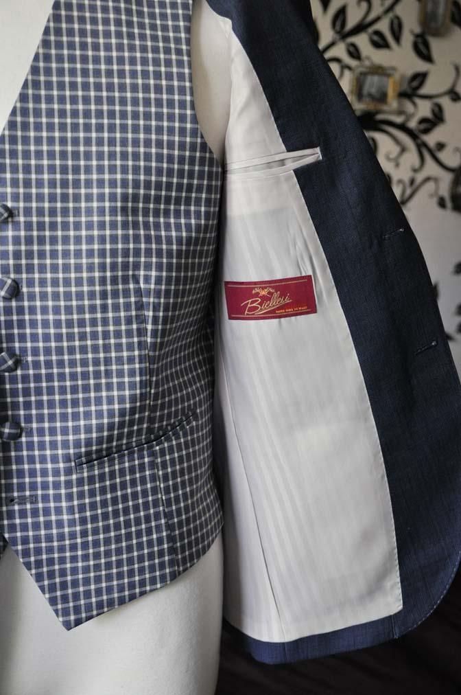 DSC1628-1 お客様のウエディング衣装の紹介- Biellesi無地ネイビースーツ チェックベスト-
