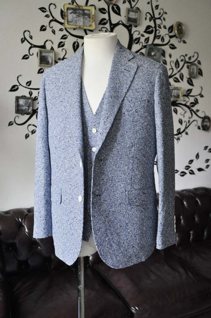 DSC1635-4 お客様のジャケット/ベストの紹介-FERLA ホワイト/ネイビーリネン-