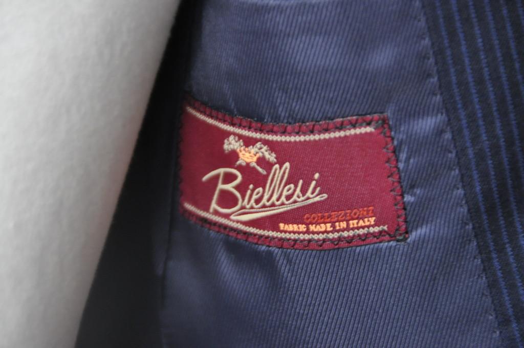 DSC16421-1024x680 お客様のスーツの紹介-Biellesi ネイビーストライプ-