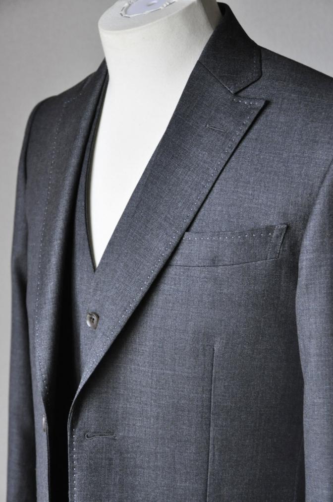 DSC16632 お客様のスーツの紹介-御幸毛織 グレースリーピース-