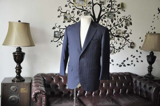 DSC1676-1 お客様のスーツの紹介-CARLO BARBERAネイビーストライプスーツ- 名古屋の完全予約制オーダースーツ専門店DEFFERT