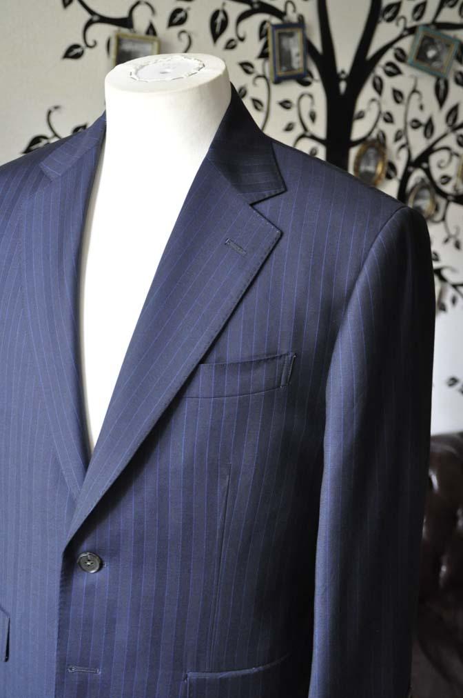 DSC1679-1 お客様のスーツの紹介-CARLO BARBERAネイビーストライプスーツ- 名古屋の完全予約制オーダースーツ専門店DEFFERT