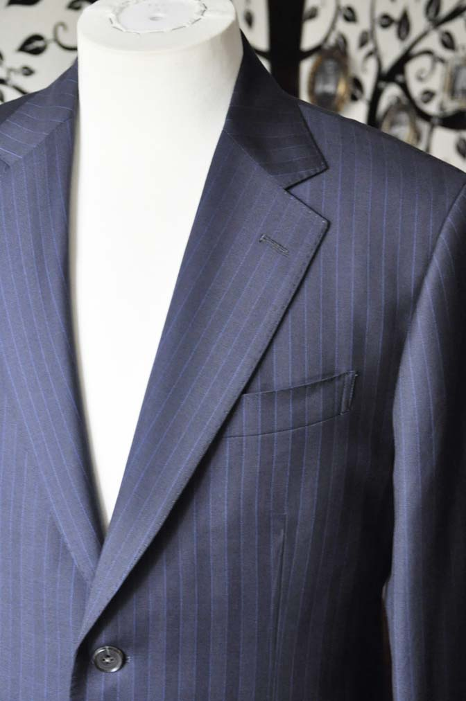 DSC1681-1 お客様のスーツの紹介-CARLO BARBERAネイビーストライプスーツ- 名古屋の完全予約制オーダースーツ専門店DEFFERT