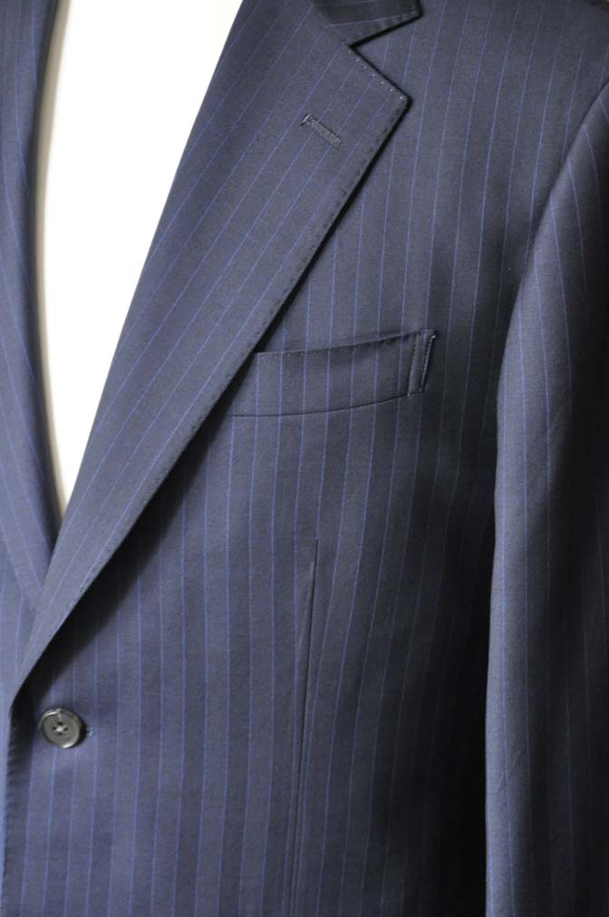 DSC1682 お客様のスーツの紹介-CARLO BARBERAネイビーストライプスーツ- 名古屋の完全予約制オーダースーツ専門店DEFFERT