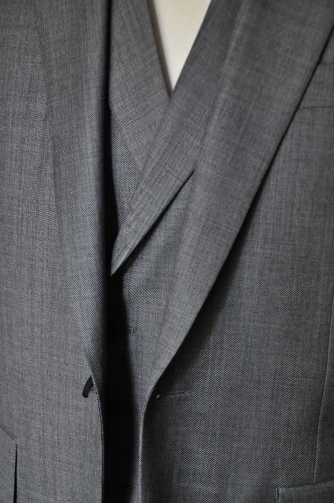 DSC1689 お客様のウエディング衣装の紹介-Biellesi グレージャケットダブルベスト- 名古屋の完全予約制オーダースーツ専門店DEFFERT