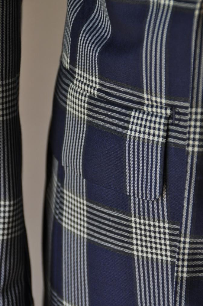 DSC17021 お客様のスーツの紹介- Tollegno ネイビーチェック ダブルスーツ-