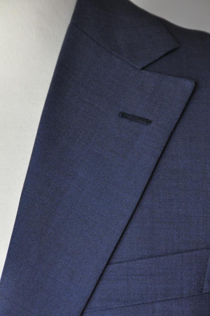 DSC17141 お客様のスーツの紹介- 無地ネイビー シングル2つボタン-