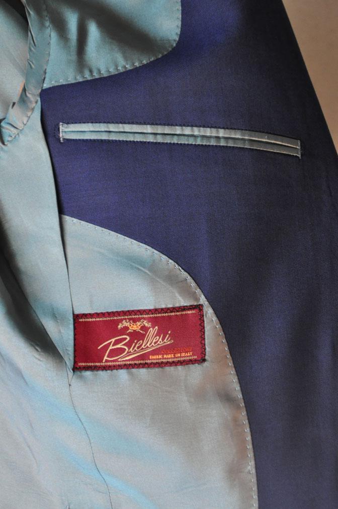DSC1722 お客様のウエディング衣装の紹介-ネイビースリーピース-