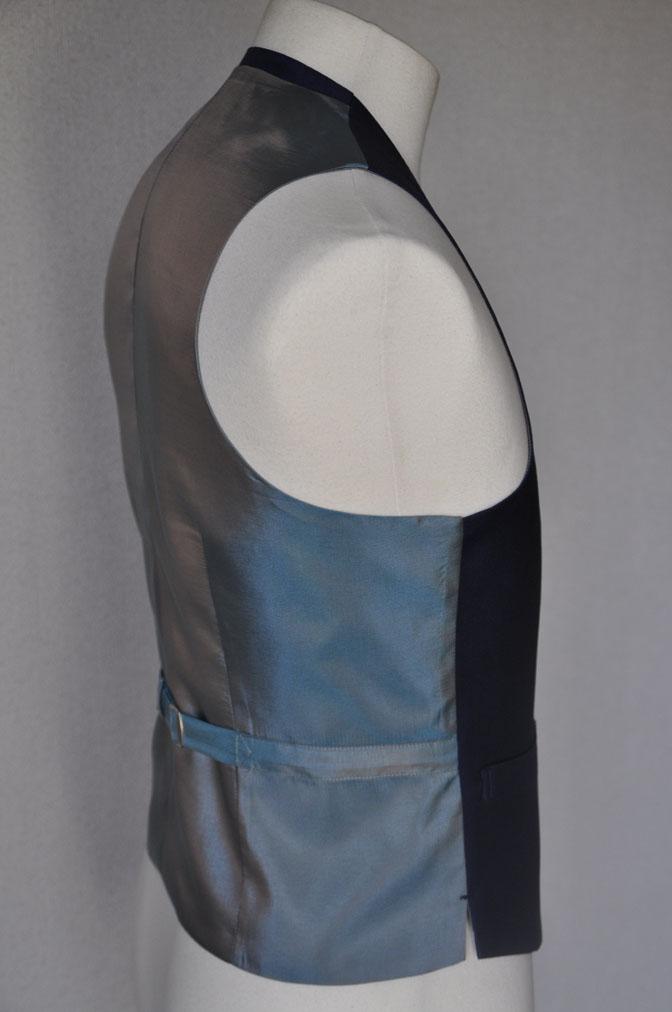 DSC1728 お客様のウエディング衣装の紹介-ネイビースリーピース-