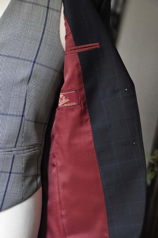 DSC1737 お客様のウエディング衣装の紹介- ネイビーウィンドペンスーツ、グレーベスト-