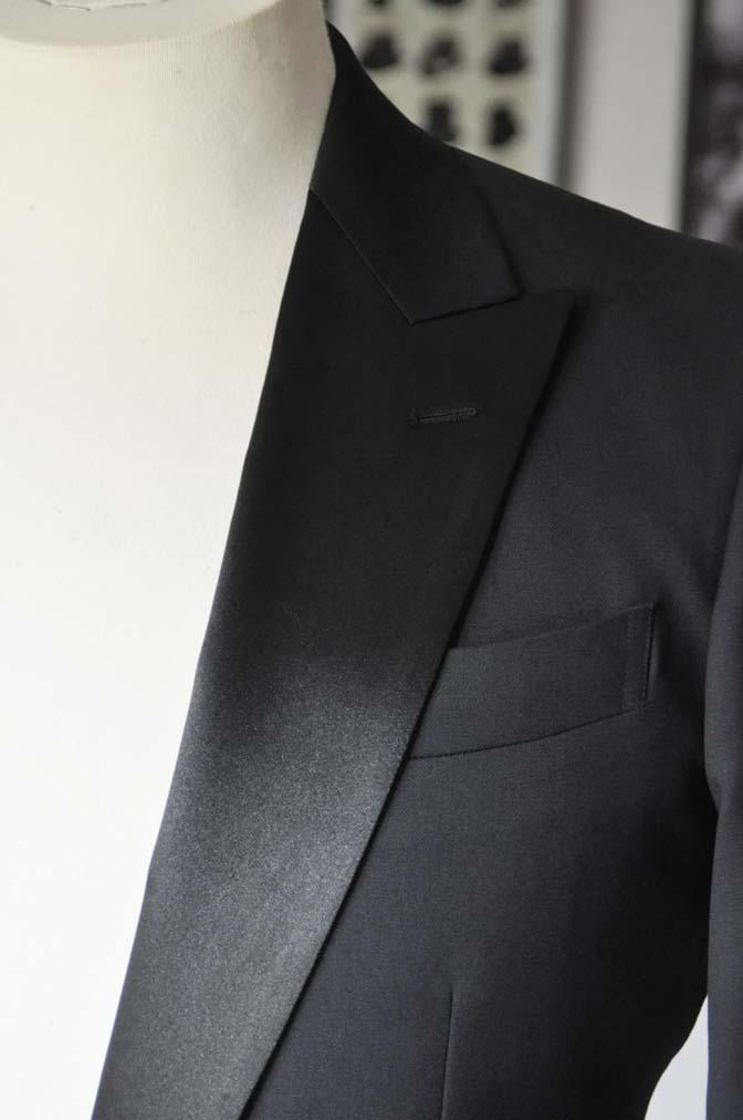 DSC1766 お客様のタキシードの紹介- ブラックピークドラペルタキシード- 名古屋の完全予約制オーダースーツ専門店DEFFERT