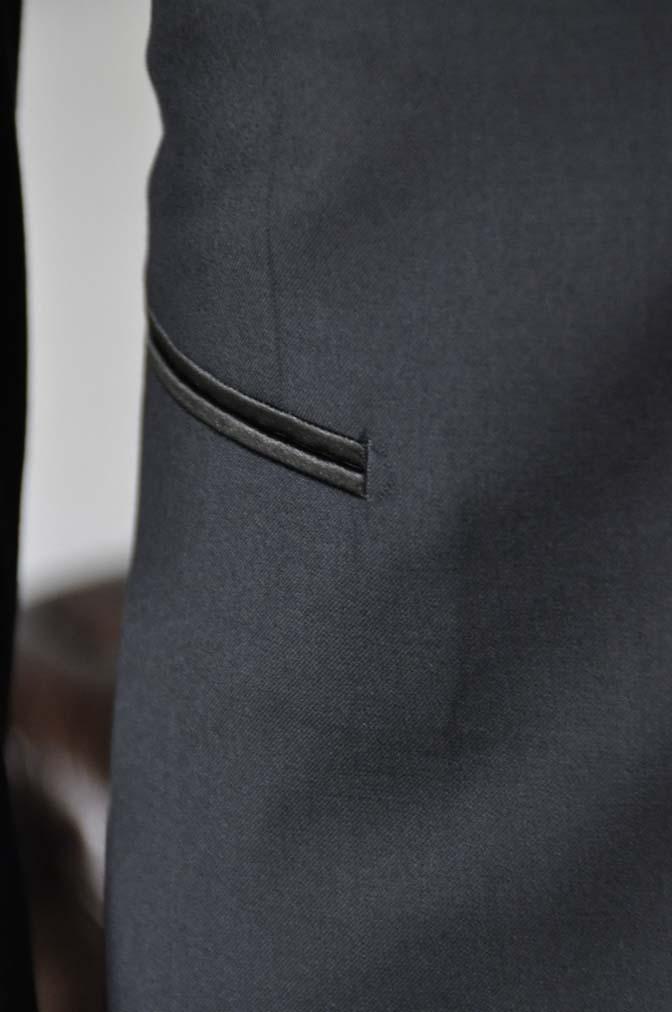 DSC1770 お客様のタキシードの紹介- ブラックピークドラペルタキシード- 名古屋の完全予約制オーダースーツ専門店DEFFERT