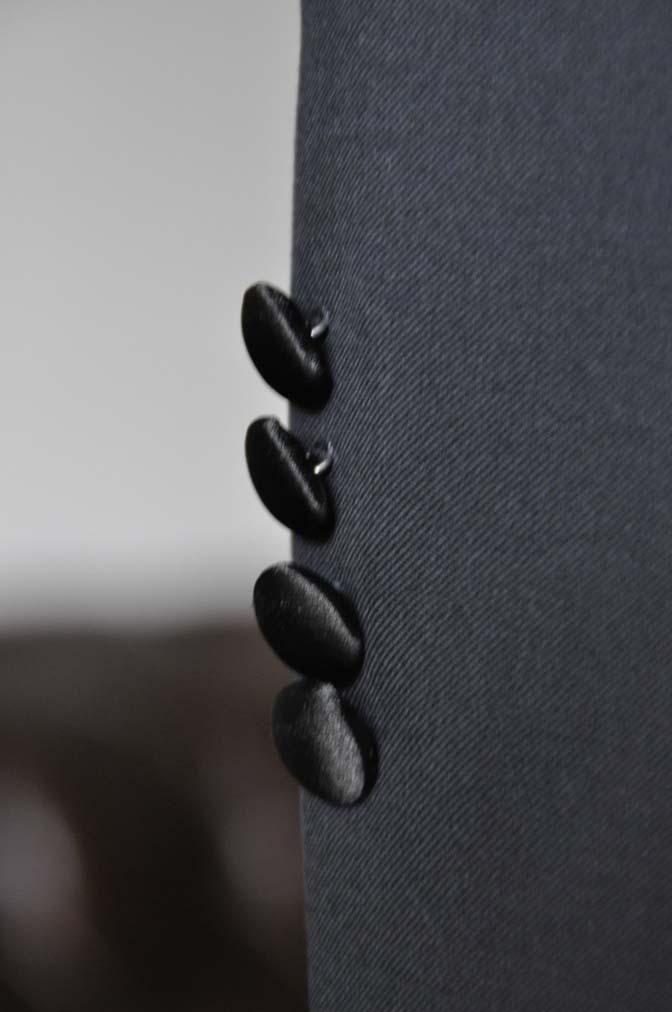 DSC1771 お客様のタキシードの紹介- ブラックピークドラペルタキシード- 名古屋の完全予約制オーダースーツ専門店DEFFERT