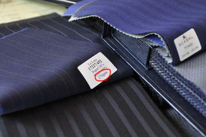 DSC1791-1 スーツ生地の表記 ○○g/m 名古屋の完全予約制オーダースーツ専門店DEFFERT