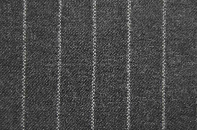 DSC1836-1 スーツ生地柄の種類 -ストライプ- 名古屋の完全予約制オーダースーツ専門店DEFFERT