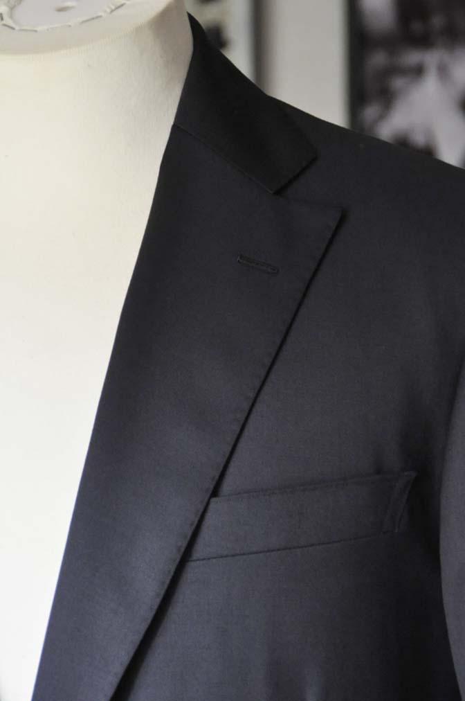 DSC18391 お客様のスーツの紹介-Biellesi 無地ネイビースーツ-