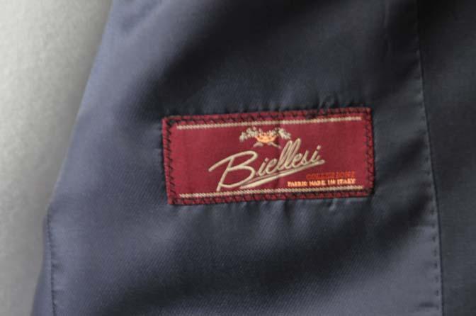 DSC18461 お客様のスーツの紹介-Biellesi 無地ネイビースーツ-
