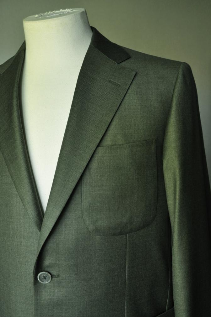 DSC1860 お客様のジャケットの紹介- 御幸毛織 WINTER EDITION グリーン-