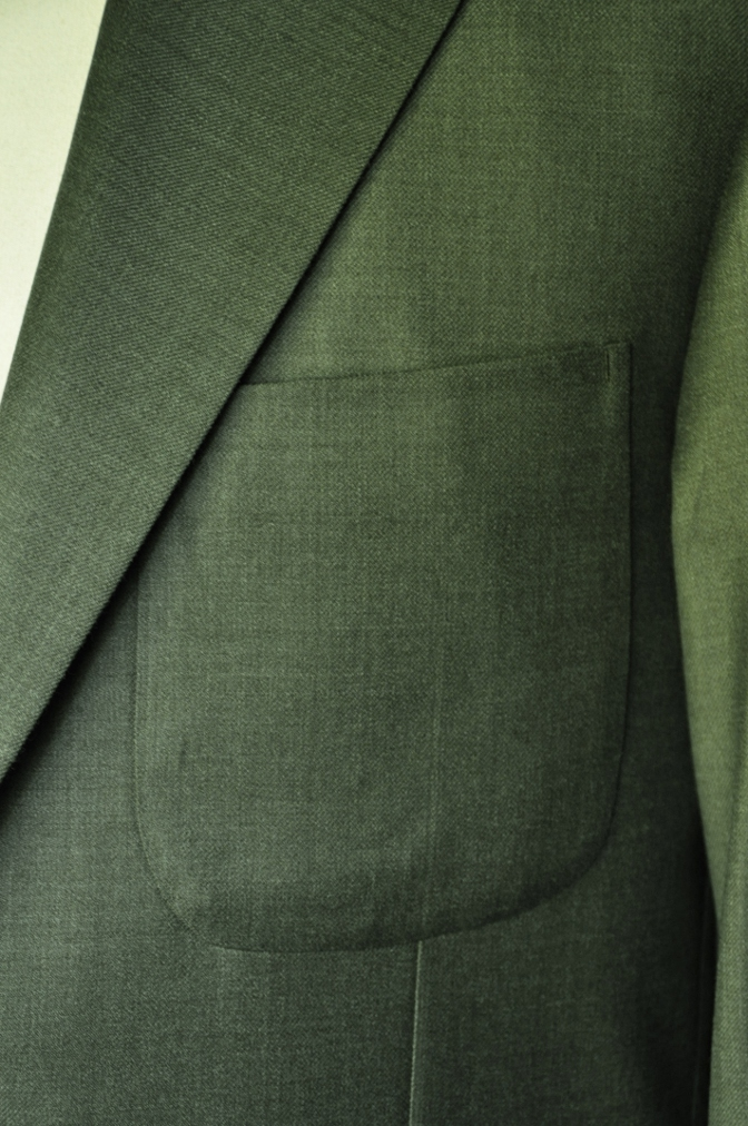DSC1862 お客様のジャケットの紹介- 御幸毛織 WINTER EDITION グリーン-