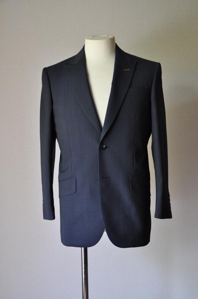 DSC1870 お客様のスーツの紹介- ネイビー千鳥格子スーツ-