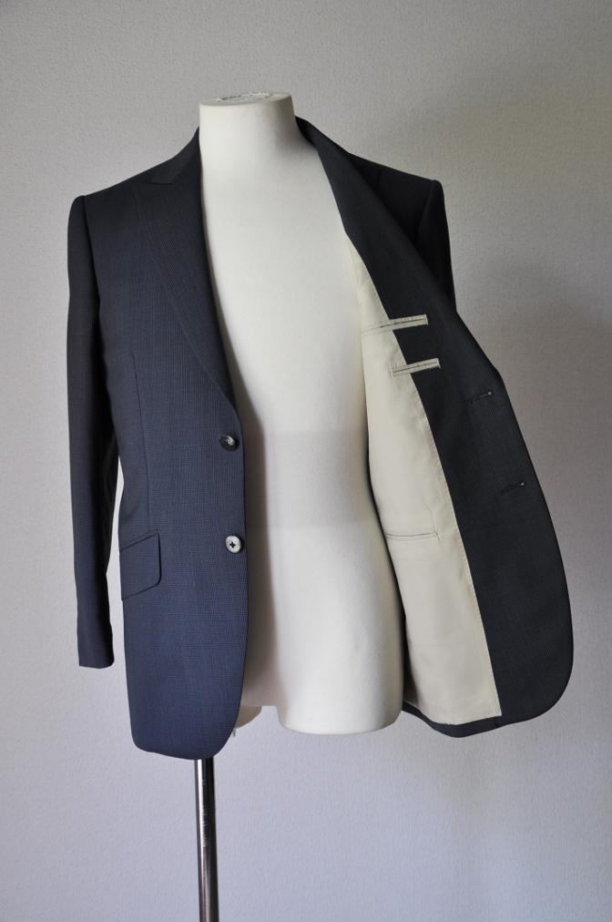 DSC1871 お客様のスーツの紹介- ネイビー千鳥格子スーツ-