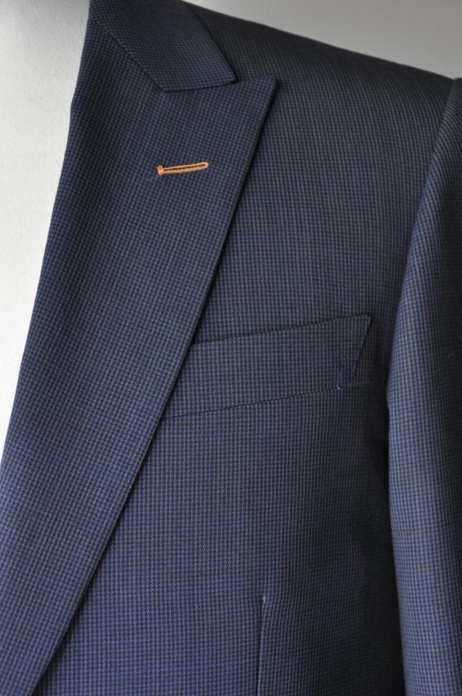 DSC1874 お客様のスーツの紹介- ネイビー千鳥格子スーツ-