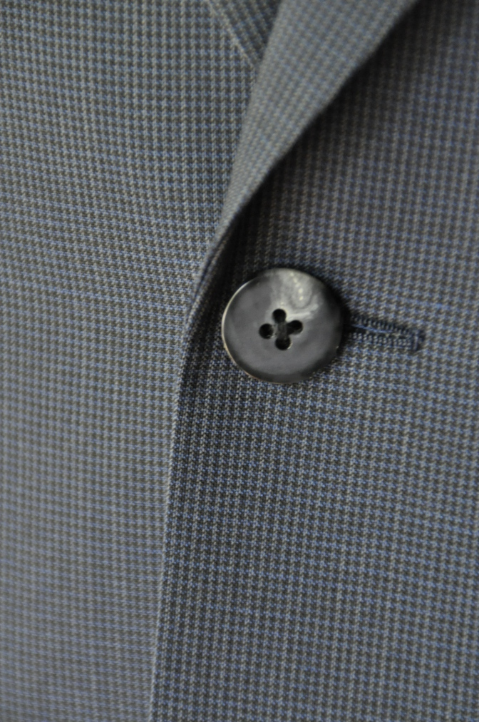 DSC1875 お客様のスーツの紹介- ネイビー千鳥格子スーツ-