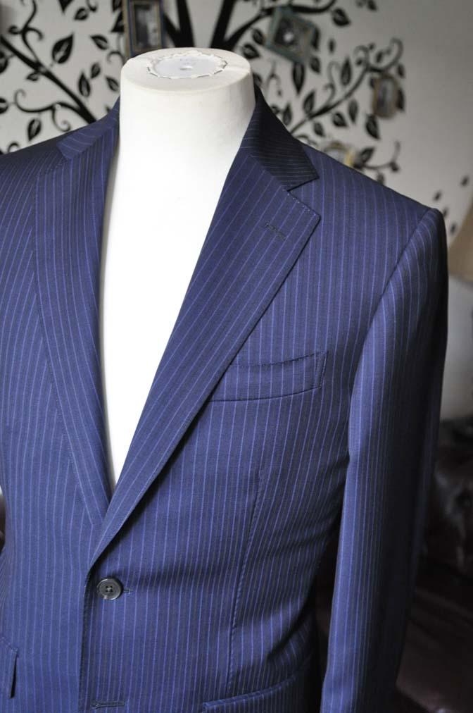 DSC1876-1 お客様のスーツの紹介-Biellesiネイビーストライプスーツ- 名古屋の完全予約制オーダースーツ専門店DEFFERT