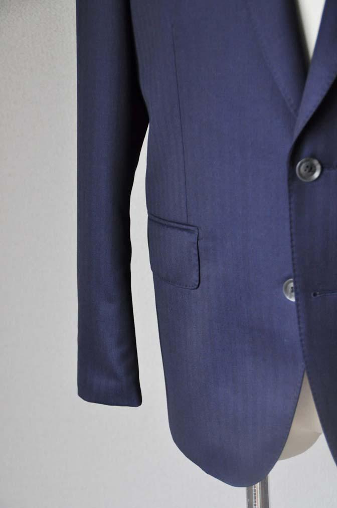 DSC18761 お客様のスーツの紹介-御幸毛織 ネイビーヘリンボーン-