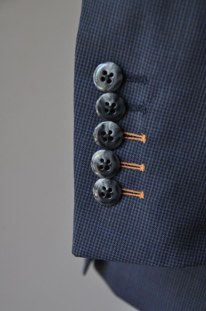 DSC1878 お客様のスーツの紹介- ネイビー千鳥格子スーツ-