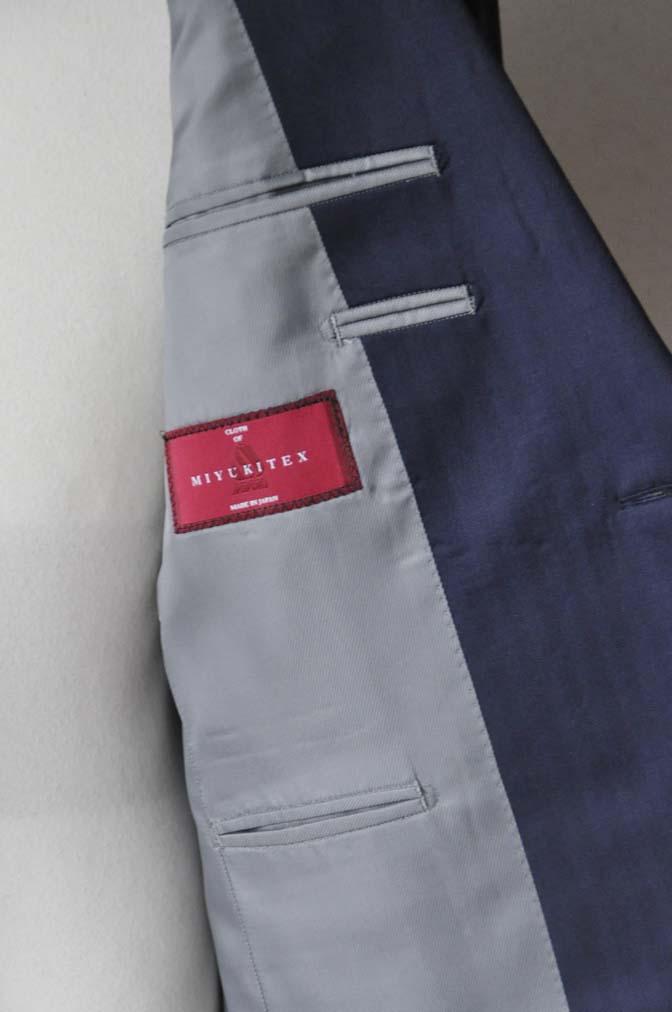 DSC1879 お客様のスーツの紹介-御幸毛織 ネイビーヘリンボーン-
