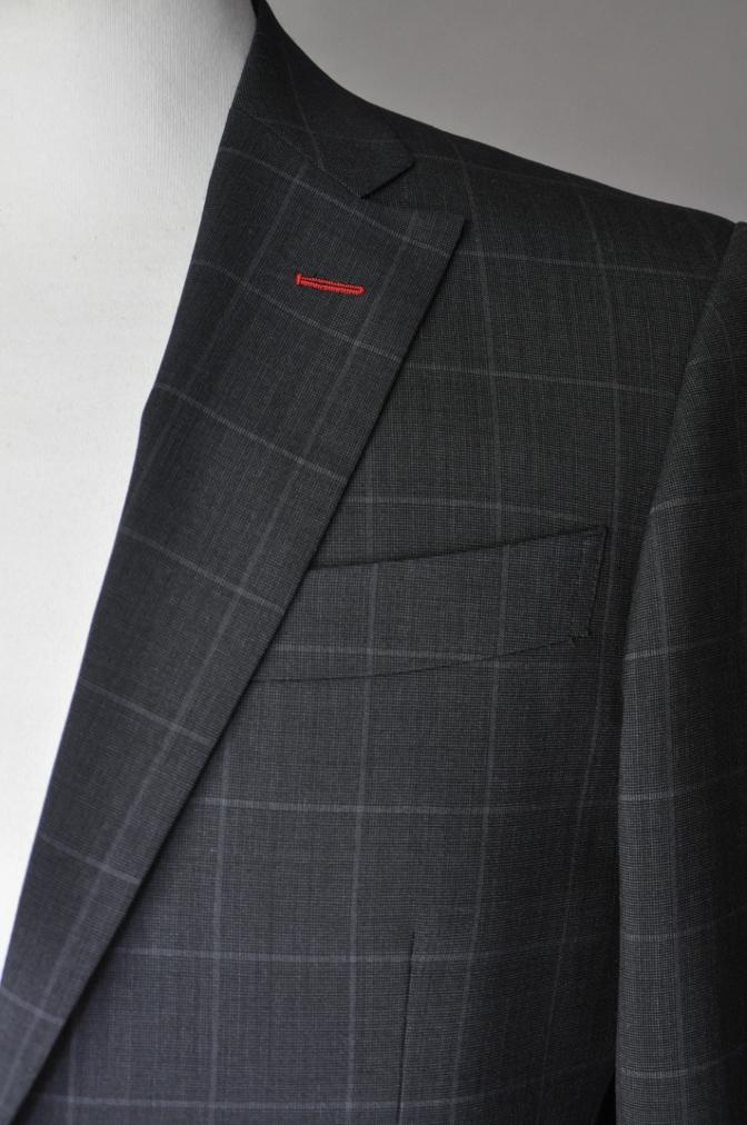 DSC1885 お客様のスーツの紹介- チャコールグレーウインドペーン-