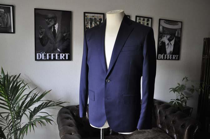 DSC18941 お客様のスーツの紹介- Biellesi 無地ネイビースーツ-