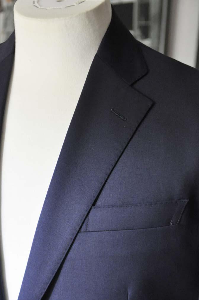 DSC18981 お客様のスーツの紹介- Biellesi 無地ネイビースーツ-