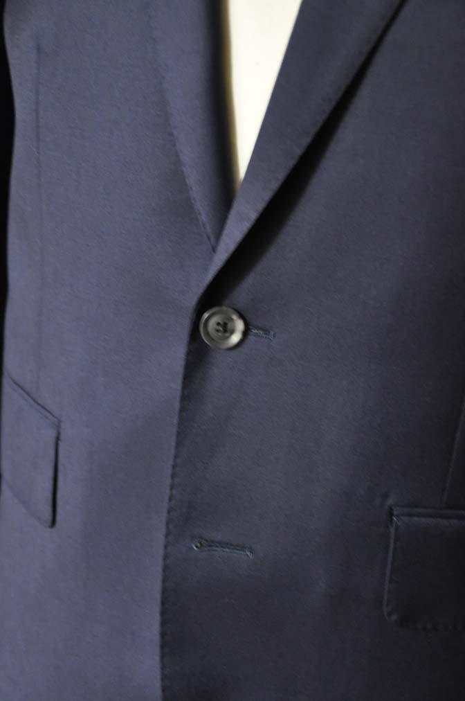 DSC19001 お客様のスーツの紹介- Biellesi 無地ネイビースーツ-