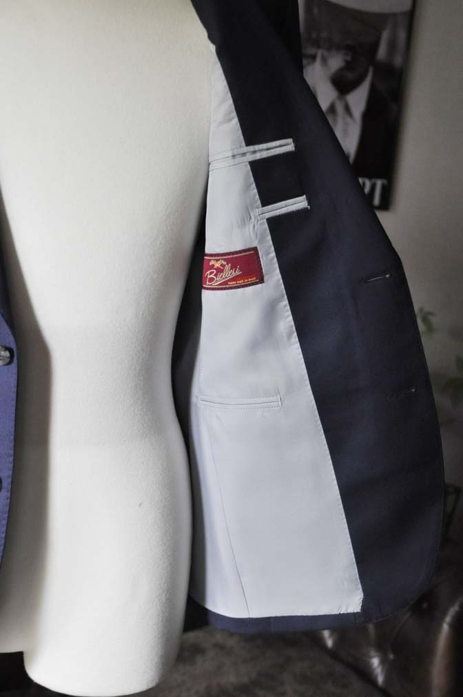 DSC19051 お客様のスーツの紹介- Biellesi 無地ネイビースーツ-
