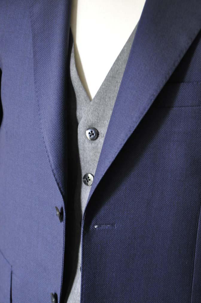 DSC19141 お客様のウエディング衣装の紹介- ネイビーバーズアイスーツ、グレーベスト-DSC19141 お客様のウエディング衣装の紹介- ネイビーバーズアイスーツ、グレーベスト- 名古屋市のオーダータキシードはSTAIRSへ