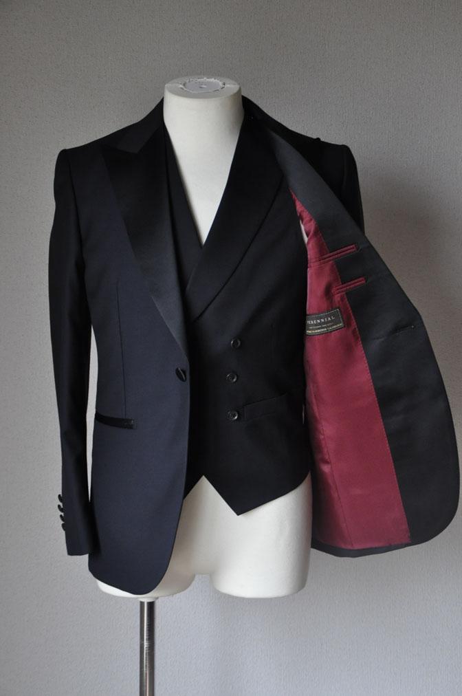 DSC1929 お客様のウエディング衣装の紹介-ダークネイビータキシード ダブルジレ-