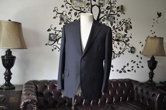DSC1933-1 お客様のスーツの紹介-CARLO BARBERAネイビーストライプスーツ- 名古屋の完全予約制オーダースーツ専門店DEFFERT