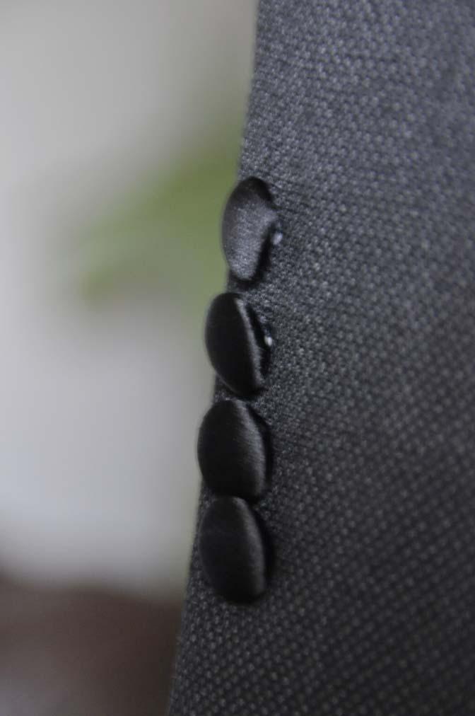 DSC19331 お客様のウエディング衣装のタキシードが仕上がってまいりましたのでご紹介いたします。