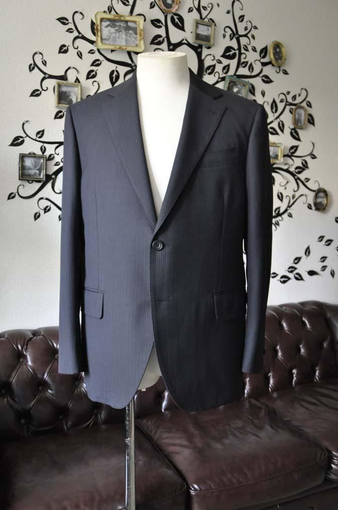 DSC1934-1 お客様のスーツの紹介-CARLO BARBERAネイビーストライプスーツ- 名古屋の完全予約制オーダースーツ専門店DEFFERT