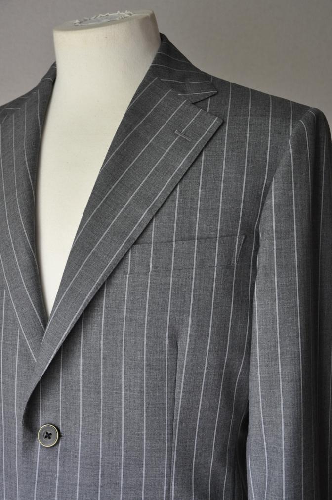 DSC1935 お客様のスーツの紹介- CANONICO グレーストライプ-