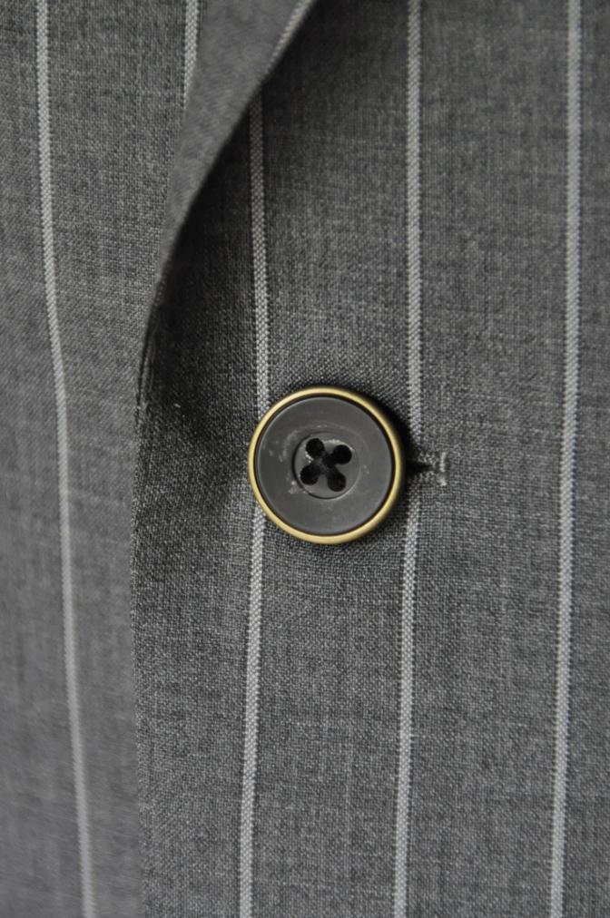 DSC1938 お客様のスーツの紹介- CANONICO グレーストライプ-