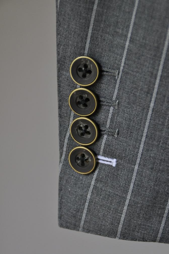 DSC1940 お客様のスーツの紹介- CANONICO グレーストライプ-