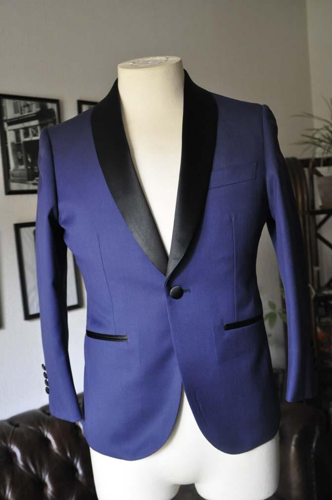 DSC19402 お客様のウエディング衣装の紹介- ネイビーショールカラータキシード-DSC19402 お客様のウエディング衣装の紹介- ネイビーショールカラータキシード- 名古屋市のオーダータキシードはSTAIRSへ