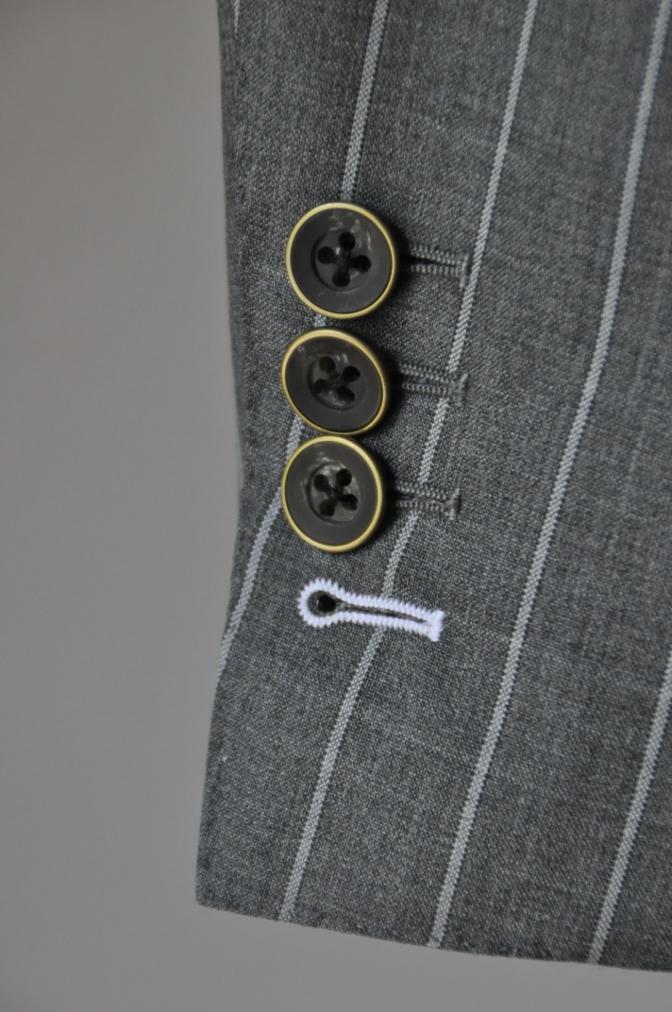 DSC1941 お客様のスーツの紹介- CANONICO グレーストライプ-