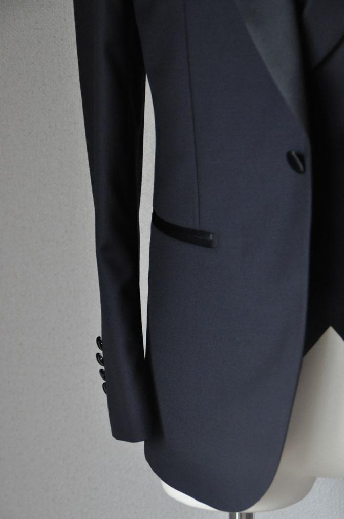 DSC19421 お客様のウエディング衣装の紹介-ダークネイビータキシード ダブルジレ-