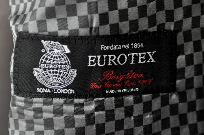 DSC1948 お客様のスーツの紹介-EUROTEX グレーストライプ-