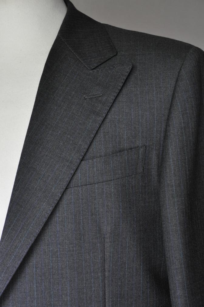 DSC1949 お客様のスーツの紹介-EUROTEX グレーストライプ-