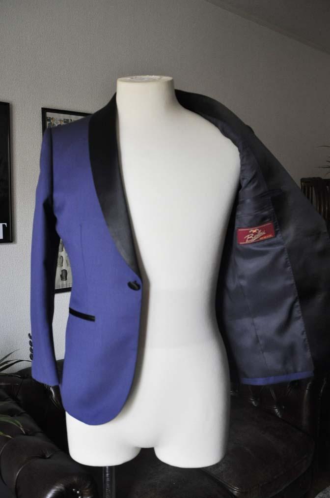 DSC19492 お客様のウエディング衣装の紹介- ネイビーショールカラータキシード-DSC19492 お客様のウエディング衣装の紹介- ネイビーショールカラータキシード- 名古屋市のオーダータキシードはSTAIRSへ